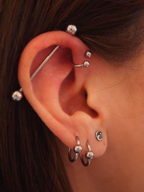 51 fotos de piercing na orelha que você vai adorar!