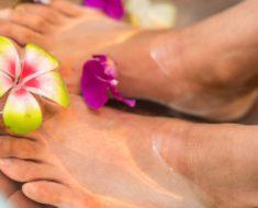 Aprenda truques caseiros para cuidar dos pés ressecados