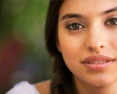 Dicas de cuidados e maquiagem para pele oliva   Dicas de Mulher