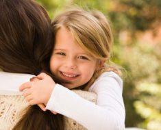 Os benefícios de um simples abraço   Dicas de Mulher