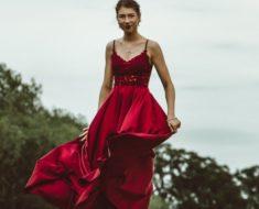 Vestido vermelho: a peça que não pode faltar no seu armário